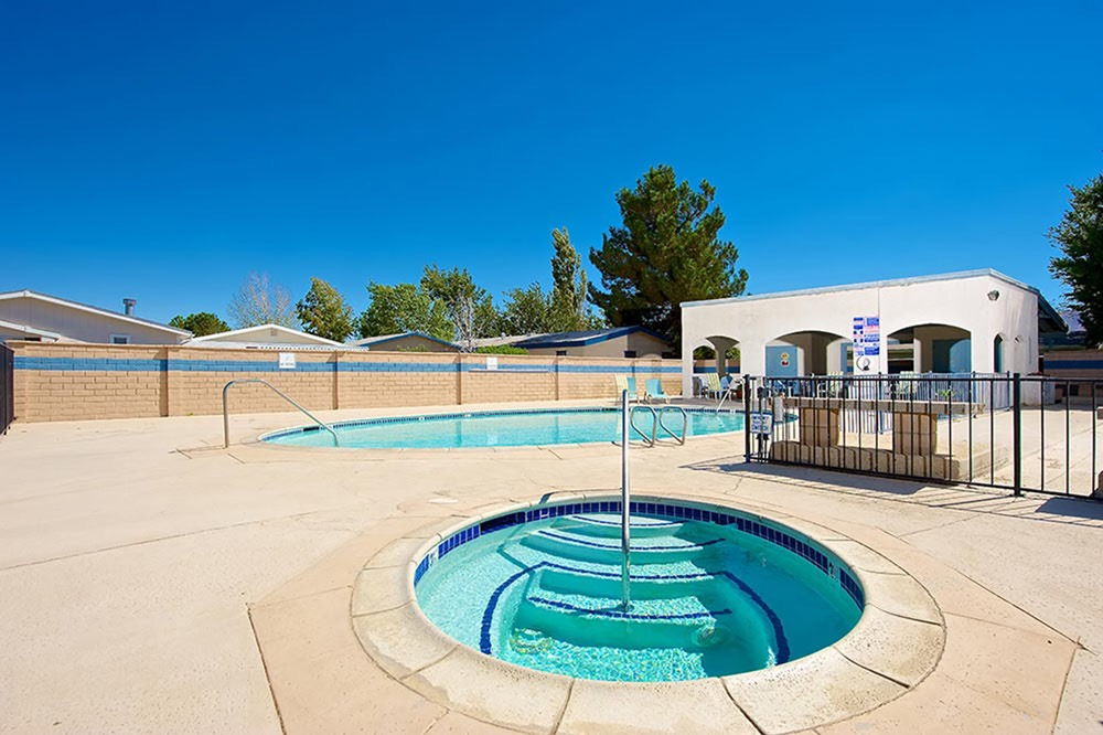Mountain view villas photo gallery los angeles area mh park - Swimming pool contractors apple valley ca ...